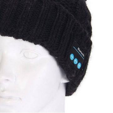 Bonnet à pompon connecté Bluetooth