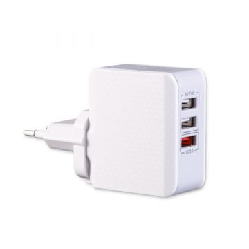3-Port USB Quick Charge