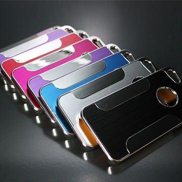Coque rigide aluminium brossé iPhone 5/5S/SE